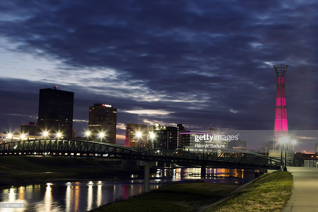 USA, Ohio, Dayton, Cityscape at evening