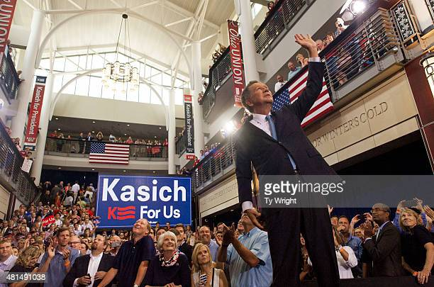 Ohio Governor John Kasich waves to the crowd after giving his speech announcing his 2016 Presidential candidacy at the Ohio Student Union at The Ohio...