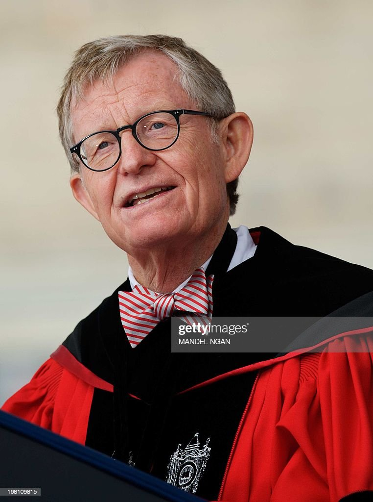 Ohio State University President Gordon Gee speaks during the commencement ceremony at Ohio State University on May 5, 2013 in Columbus, Ohio. AFP PHOTO/Mandel NGAN