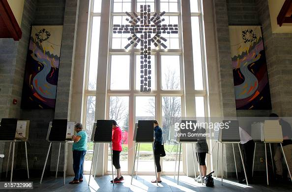 Ohio voters go to the polls for the Ohio primary at the Episcopal Church of the Redeemer March 15 2016 in Cincinnati Ohio The Ohio Republican primary...