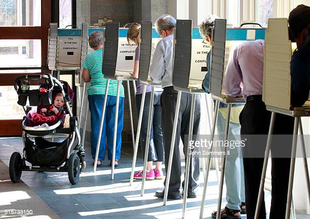 Ohio voters go to the polls for the Ohio primary March 15 at the Episcopal Church of the Redeemer in Cincinnati Ohio The Ohio Republican primary is a...