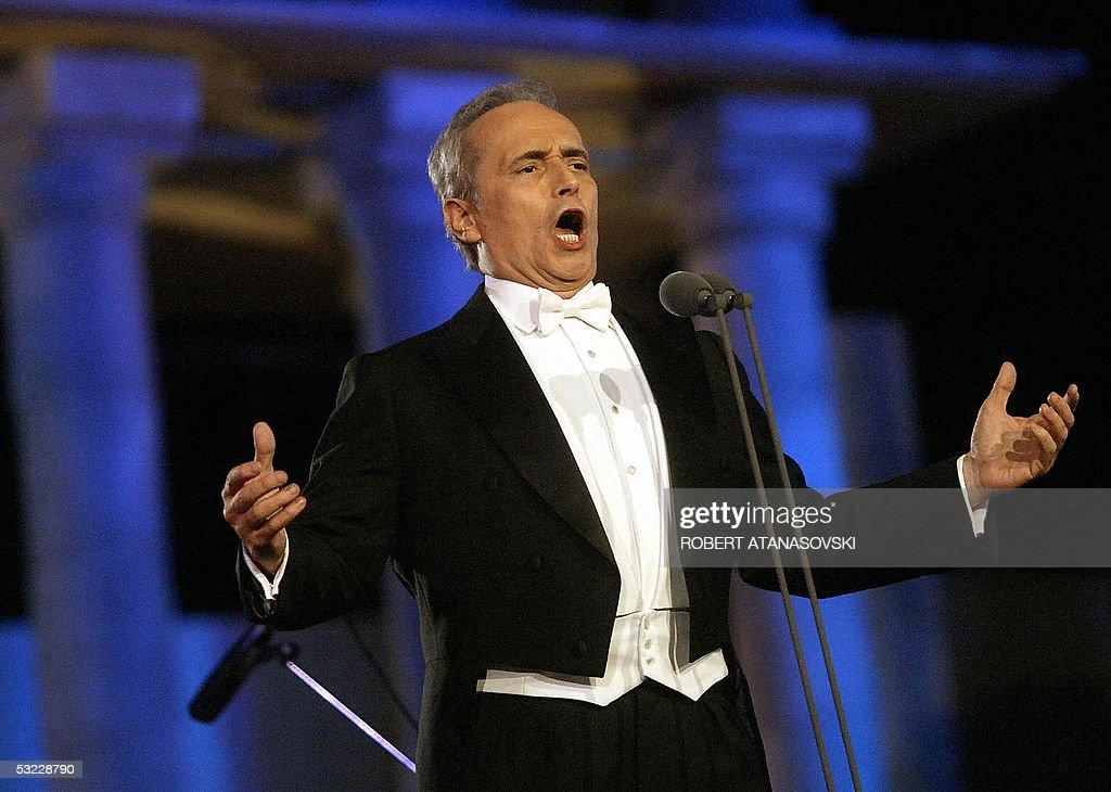 Spanish tenor Jose Carreras performs in the Ohrid antic theatre during the opening of the Ohrid Summer Festival in Ohrid 12 July 2005 AFP PHOTO...