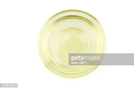 oil bowl isolated on white background, topview : Stock-Foto