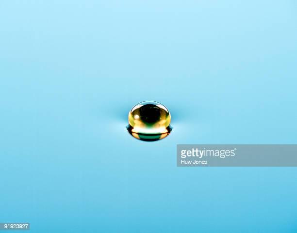 Oil droplet in liquid