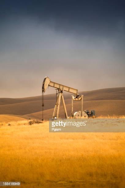 Industria petrolifera e pompa