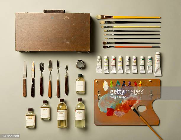 Oil paint supplies shot knolling style.