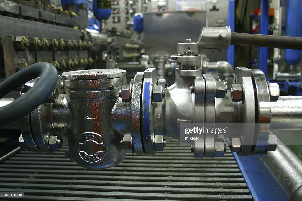 oil rig platform valves and pipes