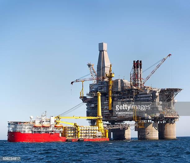 Oil rig sea