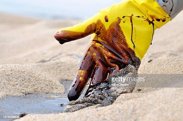 Oil Spill: Beach Clean-up
