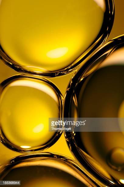 石油&ウォーター抽象的なイエローゴールドブラウンのマクロ背景