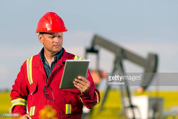 Oil Worker and Internet
