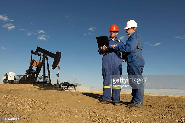 Lavoratori di olio e del Computer