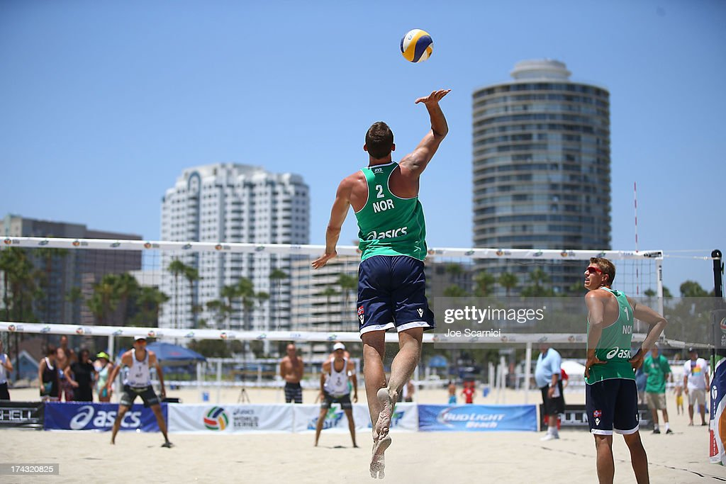 Oivind Hordvik of Norway serves the ball during play at the ASICS World Series of Beach Volleyball - Day 2 on July 23, 2013 in Long Beach, California.