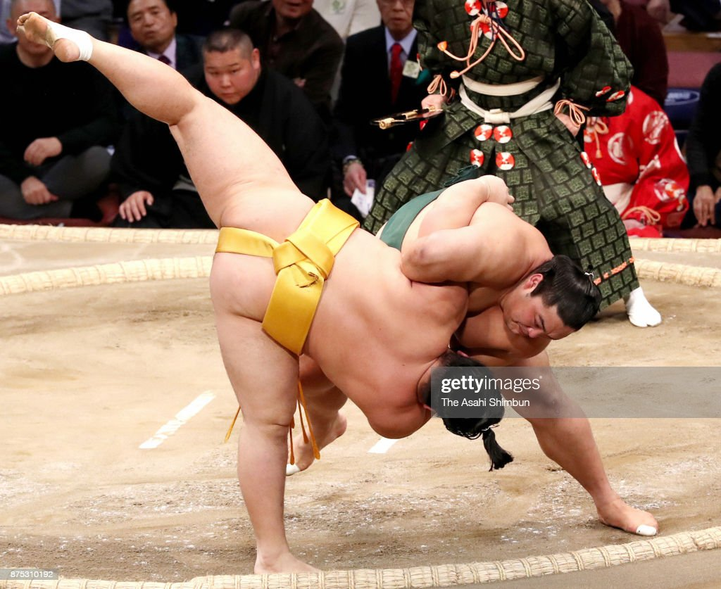 Grand Sumo Kyushu Tournament - Day 6
