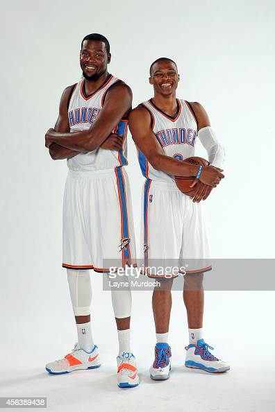 ¿Cuánto mide Russell Westbrook? - Estatura real: 1,91 - Real height Oklahoma-city-thunder-kevin-durant-and-russell-westbrook-pose-for-a-picture-id456389438?s=594x594