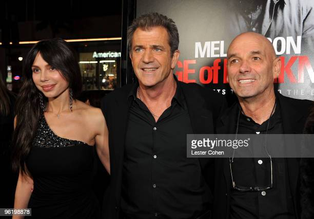 Oksana Grigorieva actor Mel Gibson and director Martin Campbell arrive at the 'Edge Of Darkness' premiere held at Grauman's Chinese Theatre on...