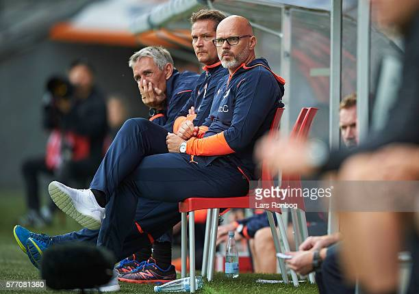 Olafur Kristjansson head coach of Randers FC looks on during the Danish Alka Superliga match between FC Midtjylland and Randers FC at MCH Arena on...