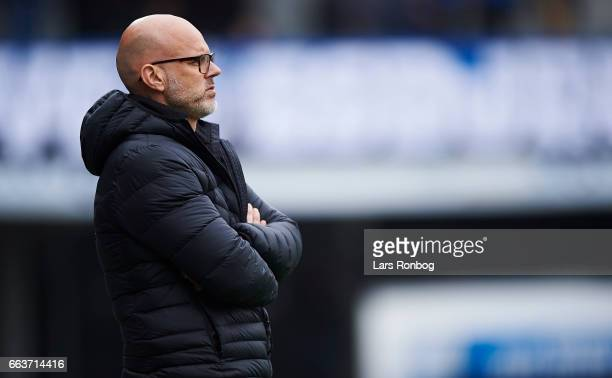 Olafur Kristjansson head coach of Randers FC looks on during the Danish Alka Superliga match between Esbjerg fB and Randers FC at Blue Water Arena on...