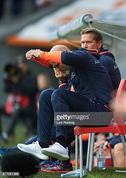 Olafur Kristjansson head coach of Randers FC shows frustration during the Danish Alka Superliga match between FC Midtjylland and Randers FC at MCH...