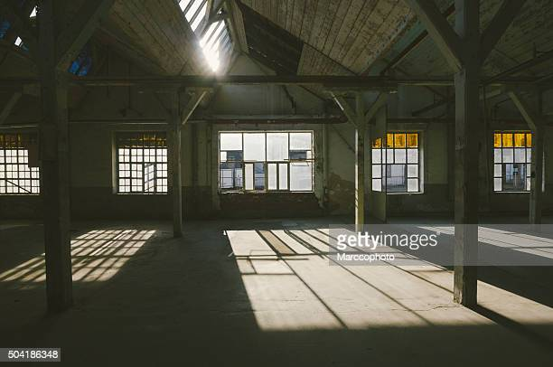 Vieux, abandonné usine industrielle
