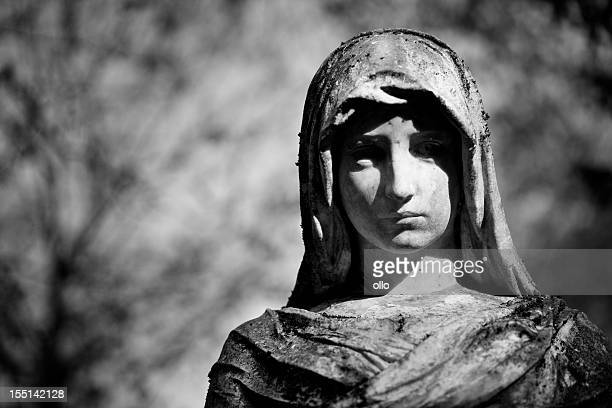 Old angel statue, black and white