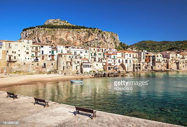 Vecchio spiaggia a Cefalù, Sicilia, Italia