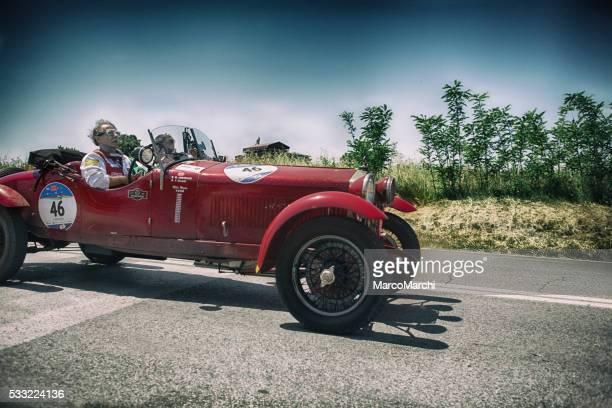 Vecchia auto per Mille Miglia 2016