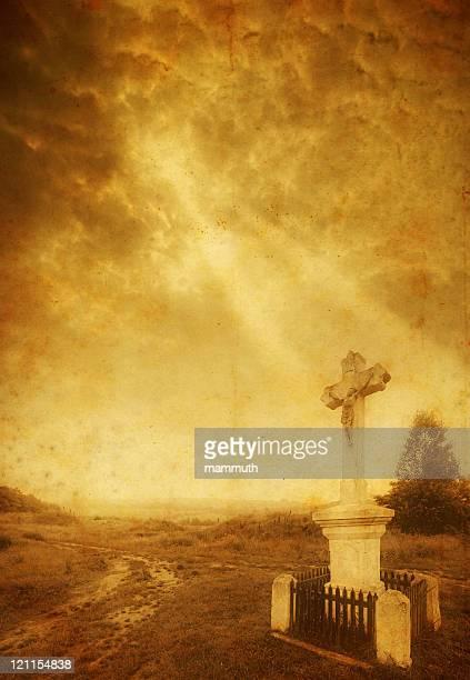 old cross mit Sonnenstrahlen wecken