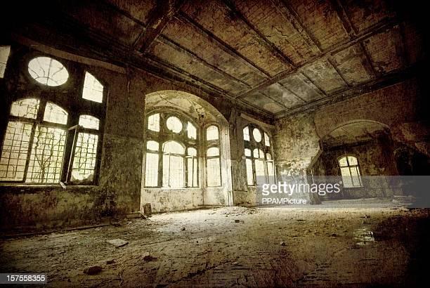 Old dark ruin room