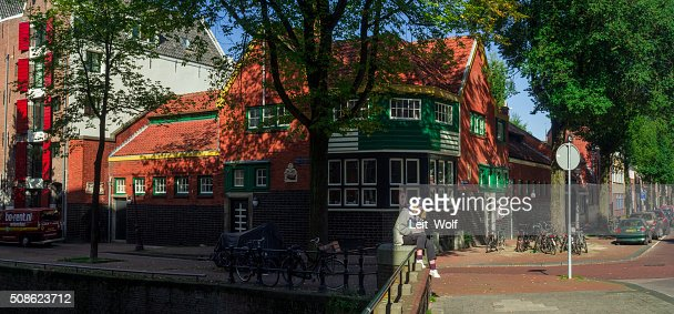 Old Dutch House in Amsterdam : Stock Photo
