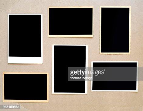 vieux cadres de photo vide, les tirages photo vintage sur carton avec un espace photos gratuites : Photo