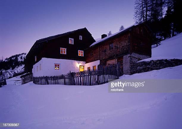 Old Farmhouse (image size XXL)
