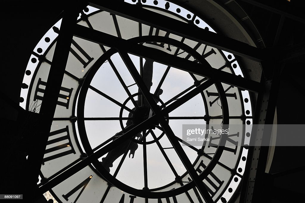 Old fashioned, Clock silhouette, close-up