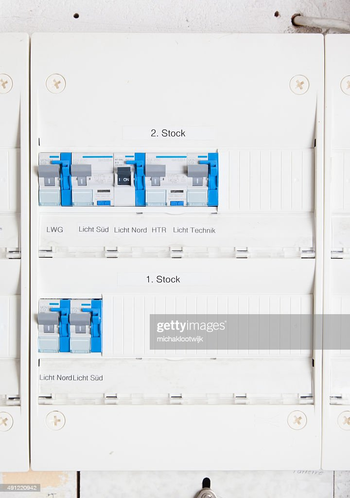 Fuse Box ons | Wiring Diagram Centre Old Apartment Fuse Box on apartment carpet, apartment meter box, apartment cable box, apartment panel box, apartment front door, apartment roof, apartment battery box,