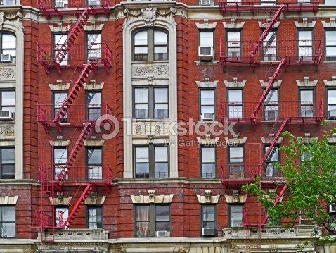 B timent ancien appartement de manhattan photo thinkstock - Achat appartement new york ...