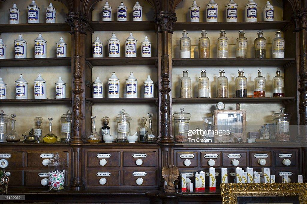 Old medicine bottles pharmacy display in Farmacia Dr A Alonso Nunez shop in Calle Ancha Leon Castilla y Leon Spain