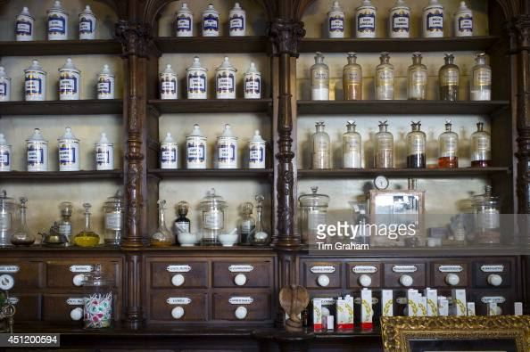 Old medicine bottles pharmacy display in Farmacia Dr A Alonso Nunez shop in Calle Ancha Leon Castilla y Leon Spain