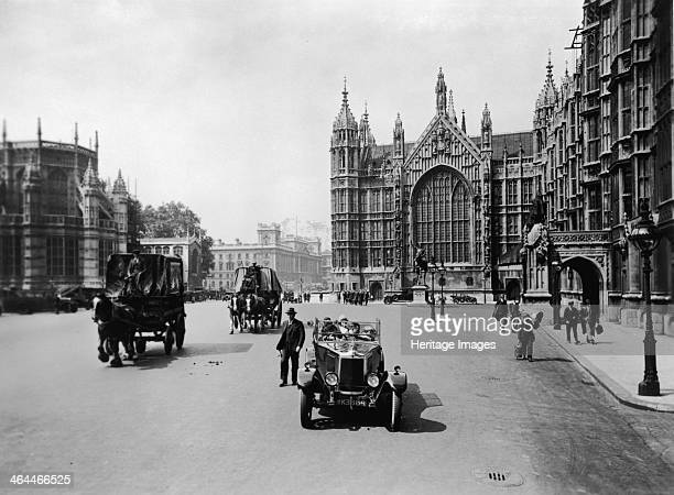 Old Palace Yard leading towards Whitehall Westminster London c1920s