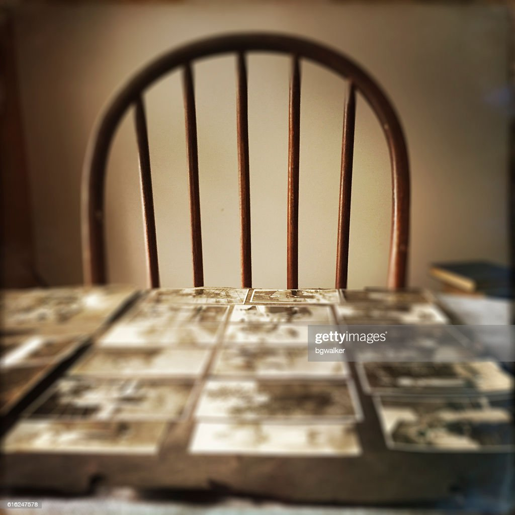 Old Photographs and Chair : Foto de stock