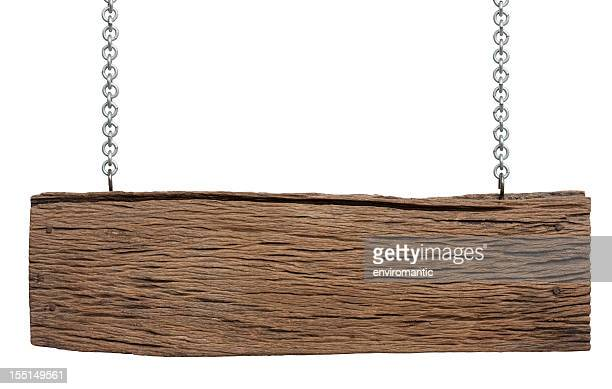 Velho pedaço de madeira resistiu recreio.