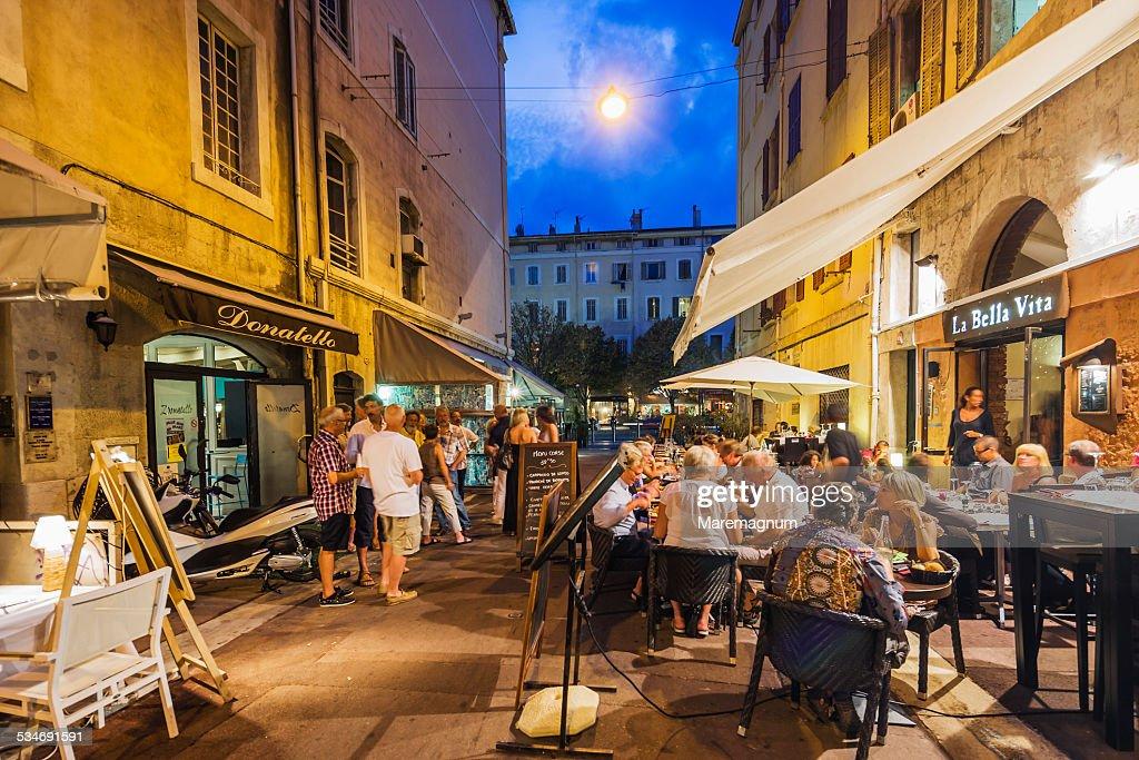 Old Port, Restaurants in Rue (street) Saint Saens