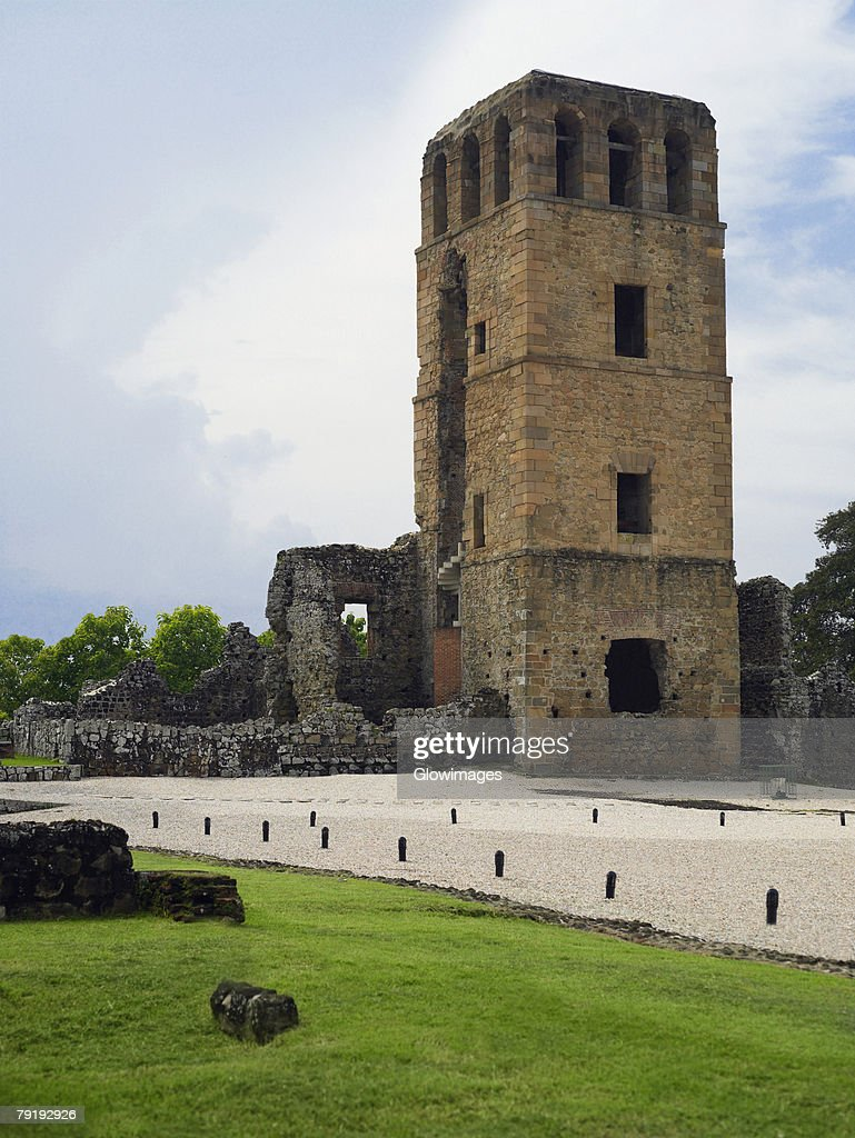 Old ruins of a church, La Merced Church, Old Panama, Panama City, Panama : Foto de stock