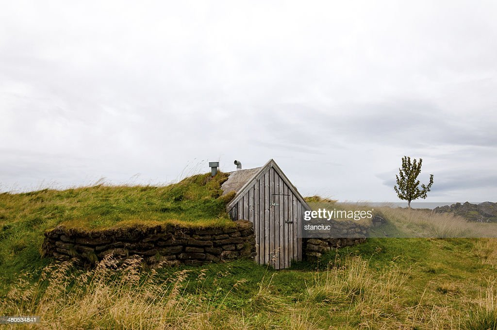 Old shack in Iceland : Stock Photo