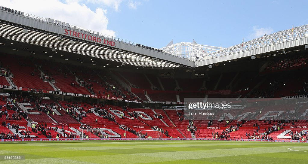 http://media.gettyimages.com/photos/old-trafford-is-evacuated-ahead-of-the-barclays-premier-league-match-picture-id531525354