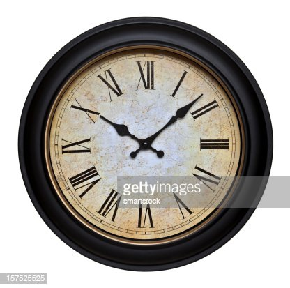 Chiffre romain photos et images de collection getty images for Horloge murale chiffre romain