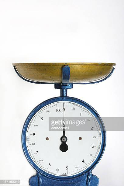 Vecchia scala di peso
