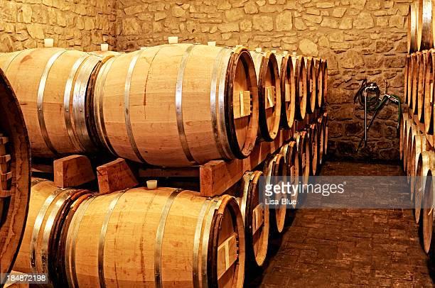 Vecchia cantina di vini