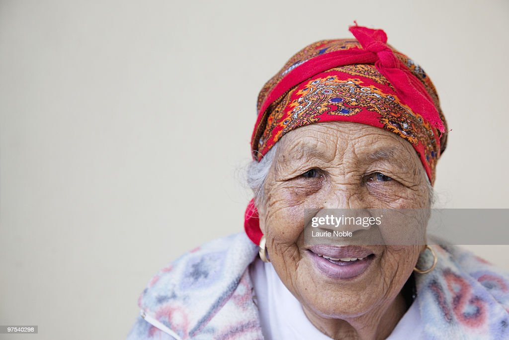 elderly female filipino immigrants 5 filipino families in australia of filipino immigration is the pattern when they were older filipino women in intercultural marriages.
