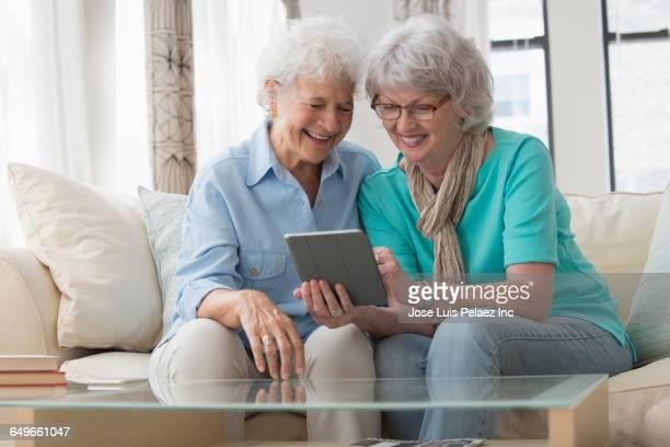 Older women lesbian tube-9935