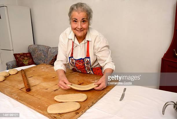 Donna anziana sagomatura Impasto su scheda